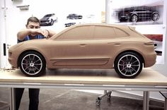 "440 Me gusta, 2 comentarios - Form Trends (@formtrends) en Instagram: ""#TBT – Clay model of the #Porsche Macan sits in the studio (Stuttgart, 2012) 