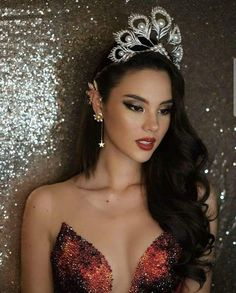 Learn about amazing hair care tips. Miss Universe Philippines, Miss Philippines, First Ladies, Grey Fashion, Look Fashion, Miss Universe Dresses, Pageant Shoes, Miss Teen Usa, Filipina Beauty