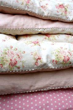 my charming rose cottage ✿⊱╮X ღɱɧღ