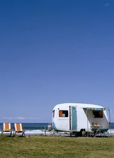 vintage camper at the beach #glamping