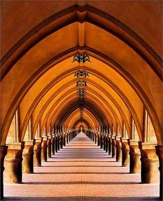 I'm not sure why, but these images of arches have captivated my imagination--including in my dreams. As always, it's amazing how much beauty and variety humans manage to create with something that seems simple, like an arch. These images are all complements of Sam Pryor on Pinterest. I've referred to h