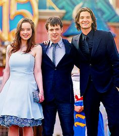 Anna Popplewell, Skandar Keynes and Ben Barnes- Narnia actress & actors.