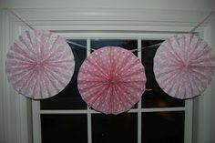 Home with Lindsay: How to make circle paper fans