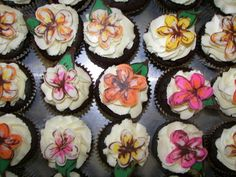 just flower cupcakes for the picnic - marshmallow buttercream icing on dark chocolate mud cupcake - picture by mommawants1more @Flickr
