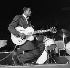 Chuck Berry 1958 | Flickr - Photo Sharing!  Hey, LoriAnn... That... Is Rock'n Roll!