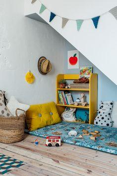 Home Decorations For Halloween Info: 6832291757 Kids Room Shelves, Deco Retro, Rainbow Room, A Frame House, Commercial Interior Design, Kids Decor, Home Decor, Contemporary Interior Design, Baby Boy Rooms