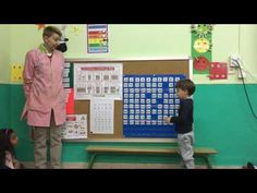 ADIVINO NÚMEROS CON FAMILIAS Y PANDILLAS - YouTube Videos, Youtube, Games, Crafts, Fact Families, School Games, Math Centers, Manualidades, Gaming