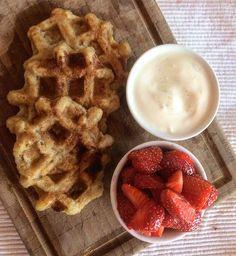Schnell und gesund frühstücken geht das überhaupt ? Breakfast, Food, Eat Clean Breakfast, Vegan Baking, Waffles, Health, Kuchen, Food Food, Morning Coffee