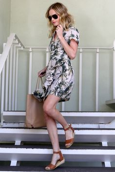 Printed dress #Kate Bosworth #streetstyle #vogueparis