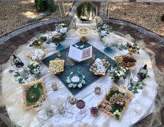 Summer Sofreh aghd Iranian Wedding, Persian Wedding, Mehendi Night, Our Wedding, Wedding Ideas, Diy And Crafts, Table Settings, Arabic Food, Engagement