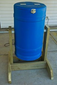 just in case you dont want to go spend your hard earned dollars buying a fancy composter in excess of 100 bucks or more I thought I would show you how to make your own us. Compost Barrel, Garden Compost, Outdoor Projects, Garden Projects, Diy Projects, Lawn And Garden, Garden Beds, Agriculture, Farming