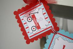 Carro rojo silla alta bandera Little Red Wagon por thelovelyapple