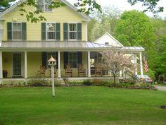 Love yellow farm houses houses-i-like