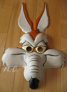 Wiley coyote mask Looney Tunes Party, Jaguar, Cartoon, Costumes, Halloween, Disney Characters, Party, Dress Up Clothes, Costume