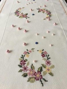 "kanaviçe işle ""This post was discovered by EDA"" Tiny Cross Stitch, Cross Stitch Heart, Cross Stitch Flowers, Cross Stitch Designs, Cross Stitch Patterns, Cross Stitching, Cross Stitch Embroidery, Embroidery Patterns, Hand Embroidery"