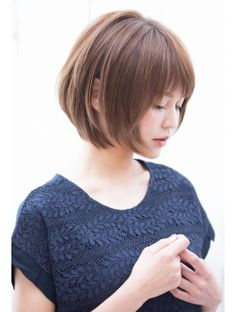 Pin on カット Pin on カット Japanese Short Hair, Asian Short Hair, Japanese Hairstyle, Short Hair Cuts, Bob Hairstyles With Bangs, My Hairstyle, Chin Length Hair, Shoulder Length Hair, Medium Hair Styles
