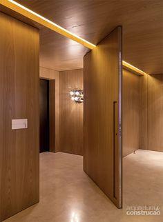 Apartamento Itaim / SALA 2 Arquitetura e Design @Sala2arqui #lighting #porta…