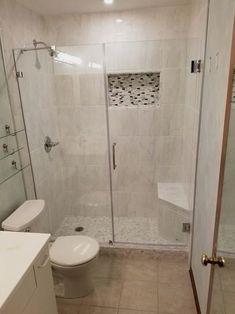 6 Most Useful Small Bathroom Design Ideas - Des Home Design Bathroom Design Small, Bathroom Interior Design, Modern Bathroom, Small Bathrooms, Bathroom Designs, Tile Bathrooms, Small Bathroom Tiles, Minimalist Bathroom, Bathroom Colors