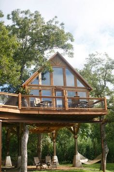 Rental of new Braunfels cabins: Geronimo Creek Retreat – Retreat in peace and nature - Haus Design Cabins In The Woods, House In The Woods, Cabin Homes, Log Homes, Tree House Designs, Cabins And Cottages, Log Cabins, My Dream Home, Future House