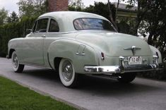 This 1950 Chevrolet Styleline Coupe is offered by the third owner who has owned it since 1999. He says that the car it totally original, and originated out of dry Eastern Oregon. Find it here on Craigslist in Bellingham, Washington for $8500.