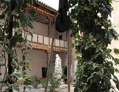"""""""Huellas de Teresa"""" se reúne en Medina del Campo, tras la concesión del Año Jubilar Teresiano por la Santa Sede http://www.revcyl.com/www/index.php/cultura-y-turismo/item/8246-%E2%80%9Chuellas-de-teresa%E2%80%9D-se-re%C3%BAne-en-medina-del-campo-tras-la-concesi%C3%B3n-del-a%C3%B1o-jubilar-teresiano-por-la-santa-sede"""