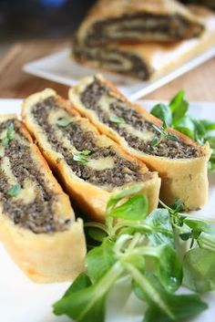 Rolada ziemniaczana z pieczarkami - Polish potato roll with mushrooms Great Recipes, Vegan Recipes, Cooking Recipes, Food Design, Beef Roulade, Good Food, Yummy Food, Mushroom Recipes, Kitchen Recipes