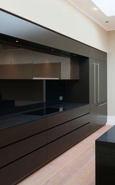 Bespoke kitchen for Grosvenor Estates by Kaizen Furniture _///////Dedicated to deliver superior interior acoustic experince. www.bedreakustik.dk/home