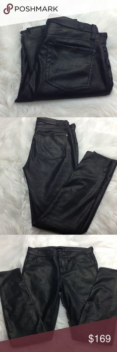 """🆕 7 for All Mankind Pants 7 for All Mankind Pants 🔳 waist 30"""", front rise 9.5"""", inseam 27"""", New -- Paper Tag still in tact on waist ( price tag missing), faux leather (spandex and polyurethane), really nice pants! 🎀 (cover picture for styling ideas) 7 For All Mankind Pants Skinny"""