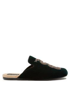 GUCCI Lawrence Velvet Slipper Shoes. #gucci #shoes #flats