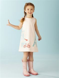 Robe LZC pour vertbaudet Mam'zelle Direction Artistique by me Young Fashion, Kids Fashion, Stylish Outfits, Kids Outfits, Modern Kids, Kids Girls, Pink Dress, Vintage Inspired, Cold Shoulder Dress