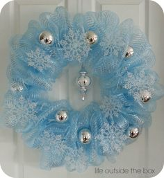 bunches of ideas for deco mesh wreathes