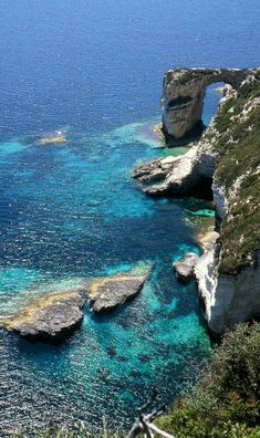 Tripitos Arch (also known as Kamara) Paxos Island, Greece Beautiful Places To Visit, Beautiful Beaches, Wonderful Places, Places To Travel, Places To Go, Travel Destinations, Paxos Island, Venice Travel, Greece Islands