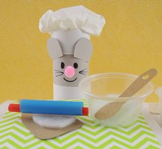 Don't miss this 5 star mouse cooking show, straight from a miniature kitchen!