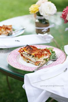 Heirloom Tomato and Greens Lasagna - looks soooooo yummy, but I'd like to see if I can use a little less cheese....