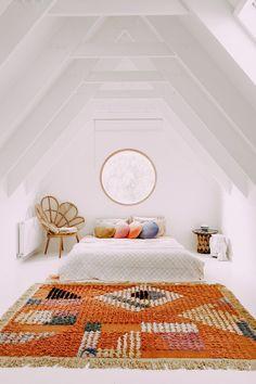 Attic Loft, Attic Rooms, Bedroom Loft, Home Bedroom, Attic Bathroom, Attic Office, Attic Playroom, Bedroom Ideas, Attic Ladder