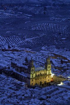 Jaén Cathedral -Andalusia - Spain (von Catedrales e Iglesias) Wonderful Places, Beautiful Places, Amazing Places, Places To Travel, Places To See, Places Around The World, Around The Worlds, Andalucia Spain, Spain And Portugal