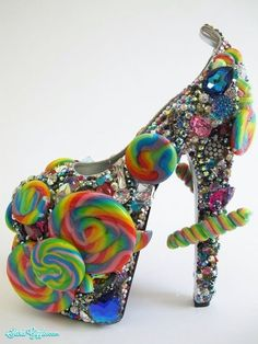 Insane and crazy high heels, do people actually wear these? (36 Photos) - Secret Giggle