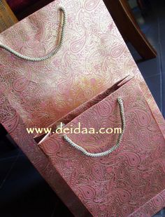 Those intimate, personal touches are very important to Deidaa, and if you are buying a prezzie for someone special, you may want to pack it in one of these handcrafted paisley recycled paper bags... #deidaa#paperbags#paisley#recycled