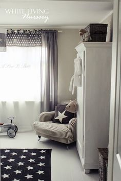 White living - if we have a baby I would love a kids room like this. | Wnętrza - dla dziecka
