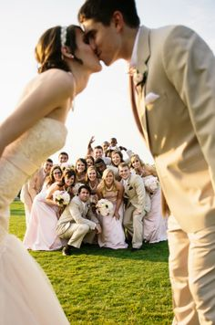 Enchanting +Pink Ballroom Wedding - Belle the Magazine . The Wedding Blog For The Sophisticated Bride