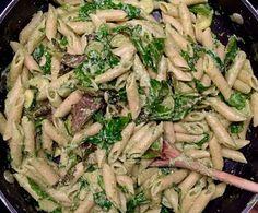 Un restant de pesto, un paquet de tofu mou, des avocats mûrs: bonjour la sauce délicieuse! Je croyais avoir des restants pour le lendemain, mais non finalement. ;) C'est bon signe. Ingrédient… Marinade Tofu, C'est Bon, Asparagus, Pasta, Vegan, Chicken, Vegetables, Recipes, Food