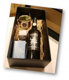 Portugal Delight – Wine & Food Gourmet Basket for Valentine's Day
