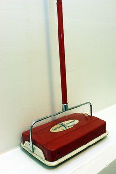 Sinituotteen 1960-luvulla valmistama Matto-Mikko.