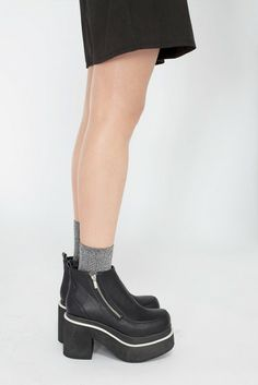 shoes platform shoes chunky boots black boots grunge 90's