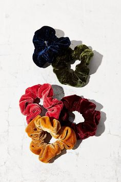Velvet Hair Scrunchie Set | Urban Outfitters