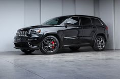 2014 Jeep Grand Cherokee SRT8 coming to my driveway soon 2015 srt vapor edition though ... :)
