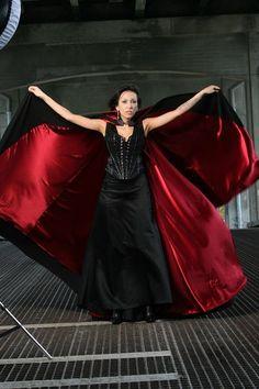 SUPER GOTH Vampire Black And Red Cloak