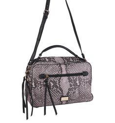 Hadí vzor je tuto sezónu mimořádně IN. Tato kabelka Kbas je Must have http://goo.gl/0GFYx5