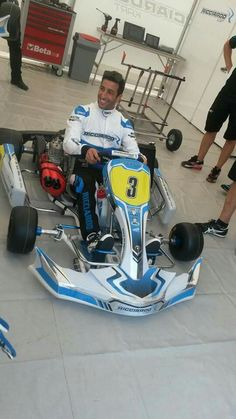 Daniel Ricciardo's kart Vintage Racing, Vintage Cars, Vintage Auto, Mini Jeep, Go Kart Racing, Rc Hobbies, Karting, Racing Motorcycles, Grand Prix