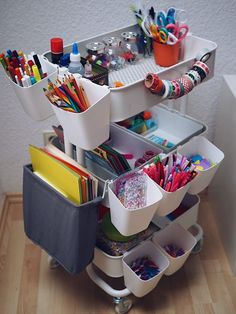 RÅSKOG serving trolley - white - IKEA- RÅSKOG Servierwagen – weiß – IKEA Now it& getting neat in the children& room: Our craft cart Marry Kotter - Craft Room Storage, Craft Organization, Storage Spaces, Kids Art Storage, Kids Playroom Storage, Children Storage, Garage Playroom, Small Playroom, Craft Storage Solutions